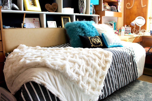 dorm bedding kate spade inspired - Texas Tech Dorm Rooms Tour by popular Texas lifestyle blogger Audrey Madison Stowe