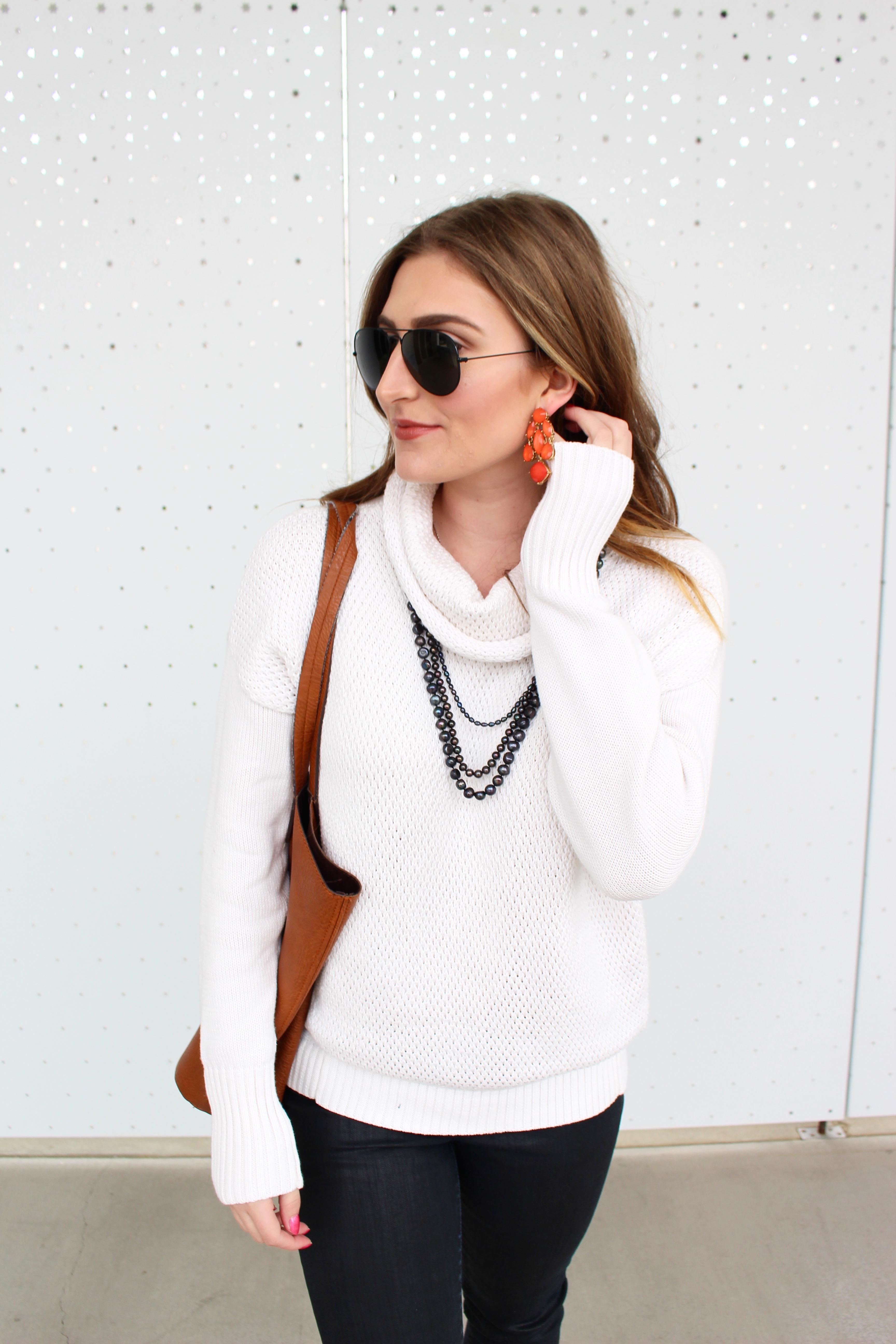 dallas fashion blogger statement earrings