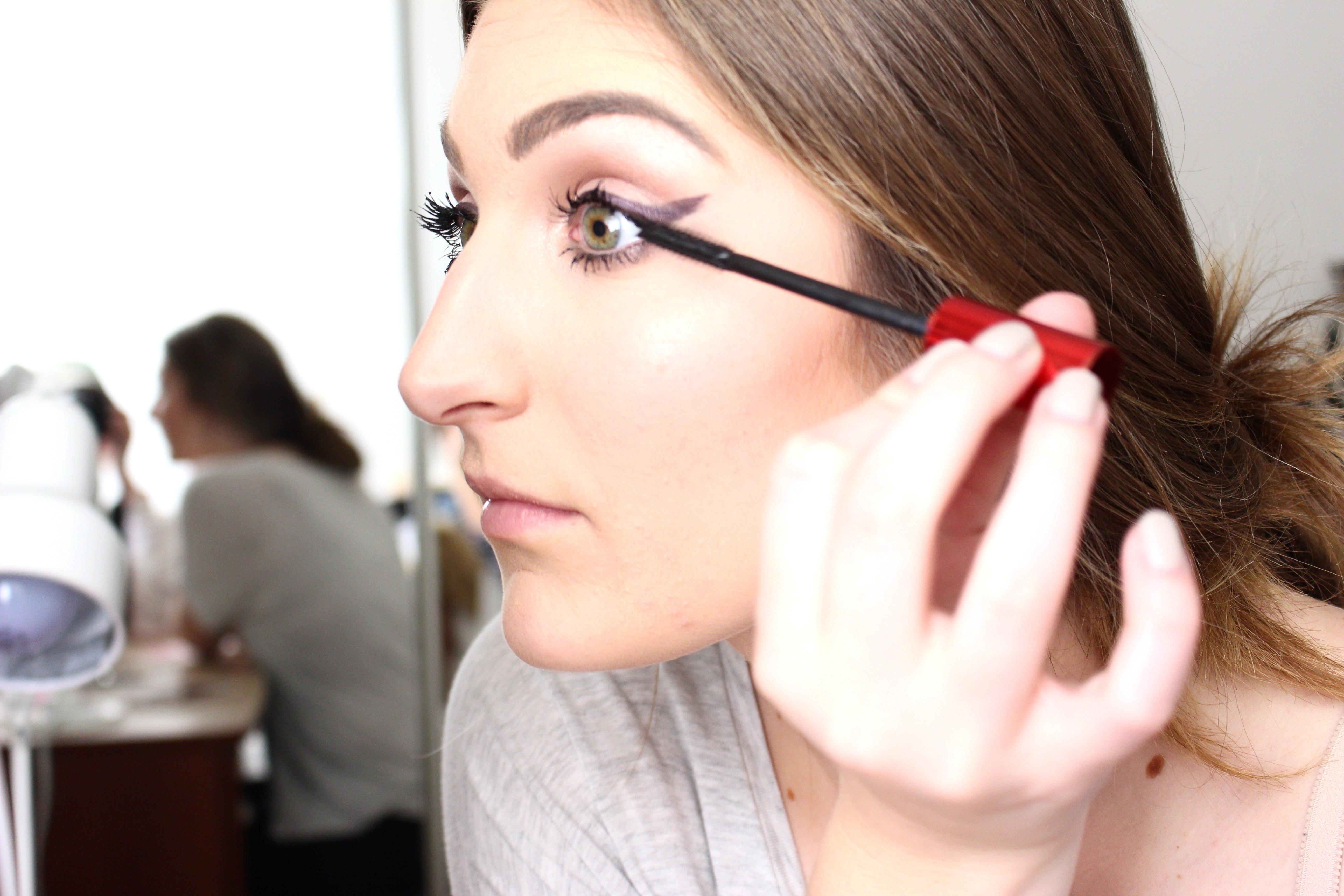 false lashes with maybelline mascara