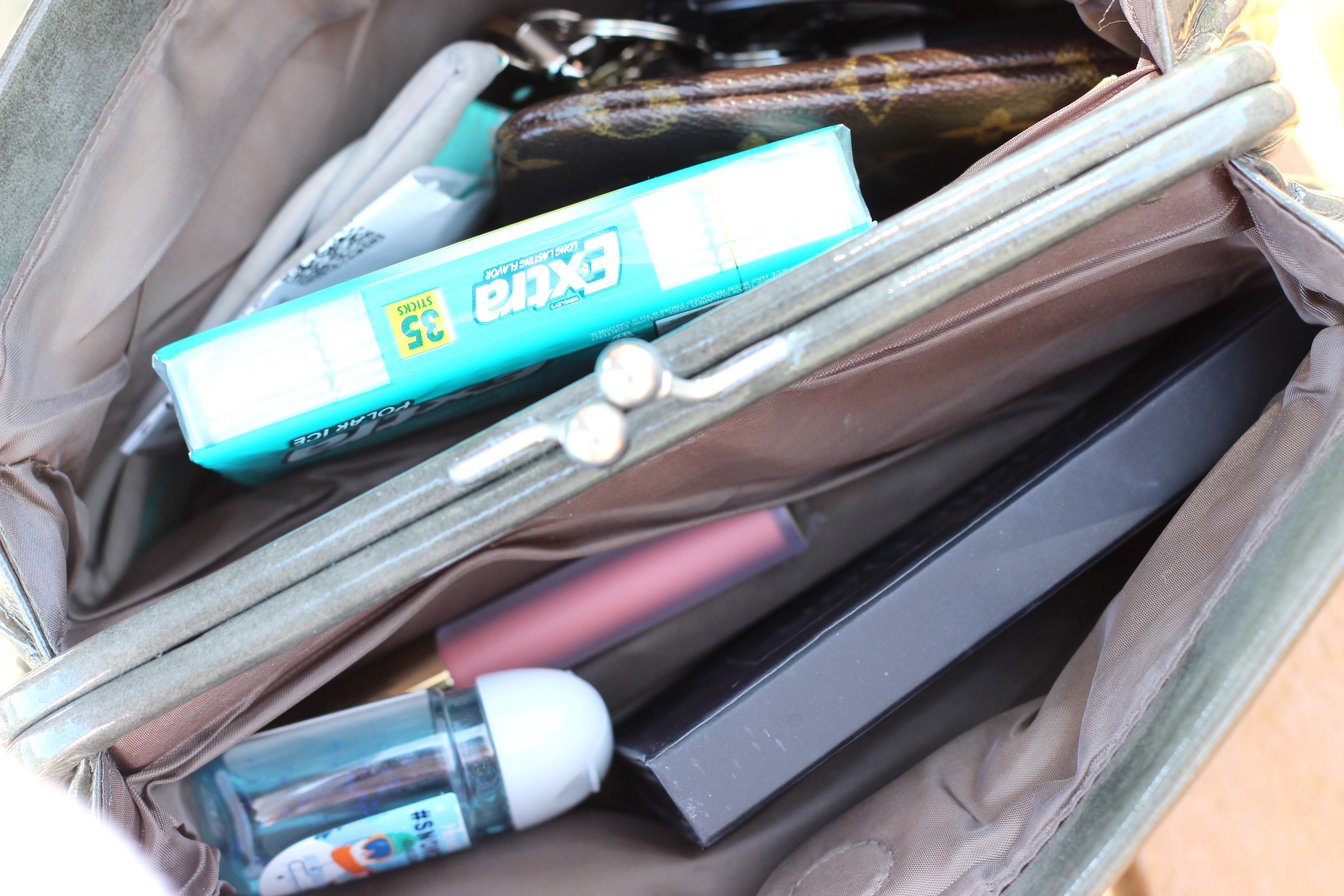 what's in my spring bag with extra