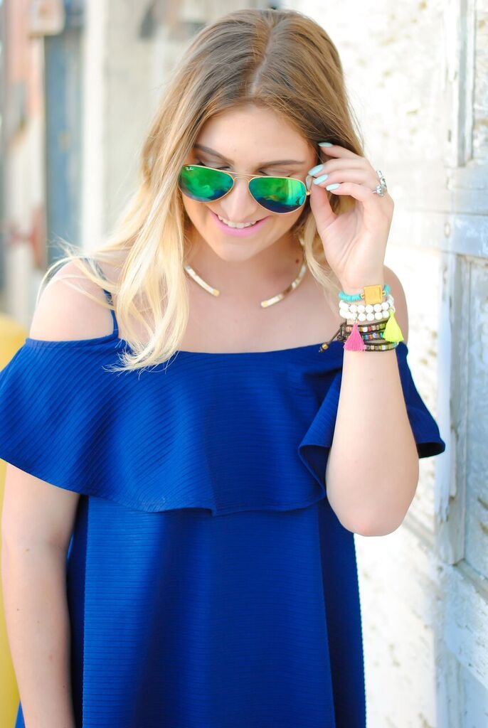 bright colored details and gorgeous jewelry