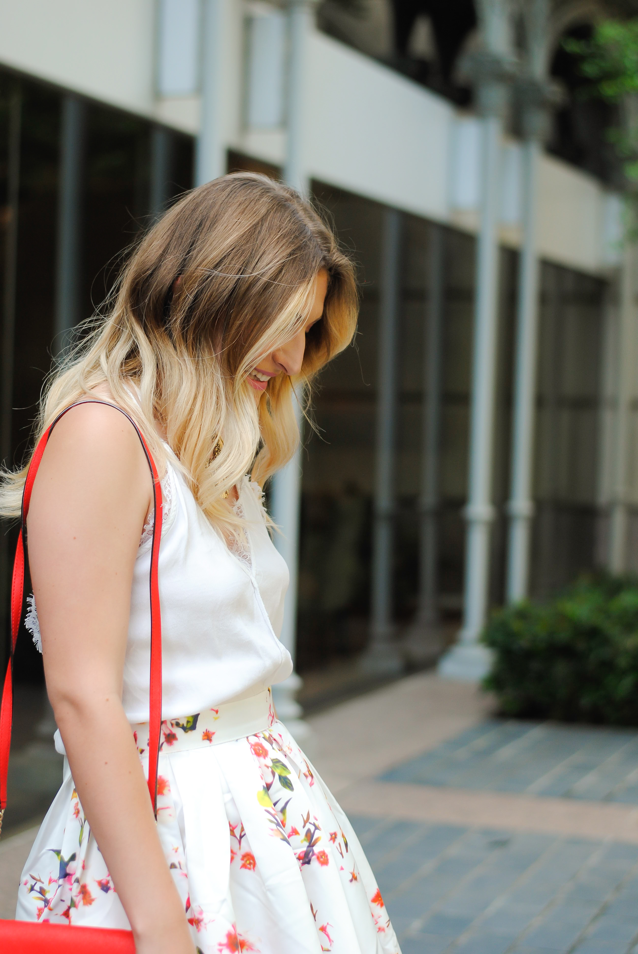 balayage hair and light summer outfit | Audrey Madison Stowe Blog
