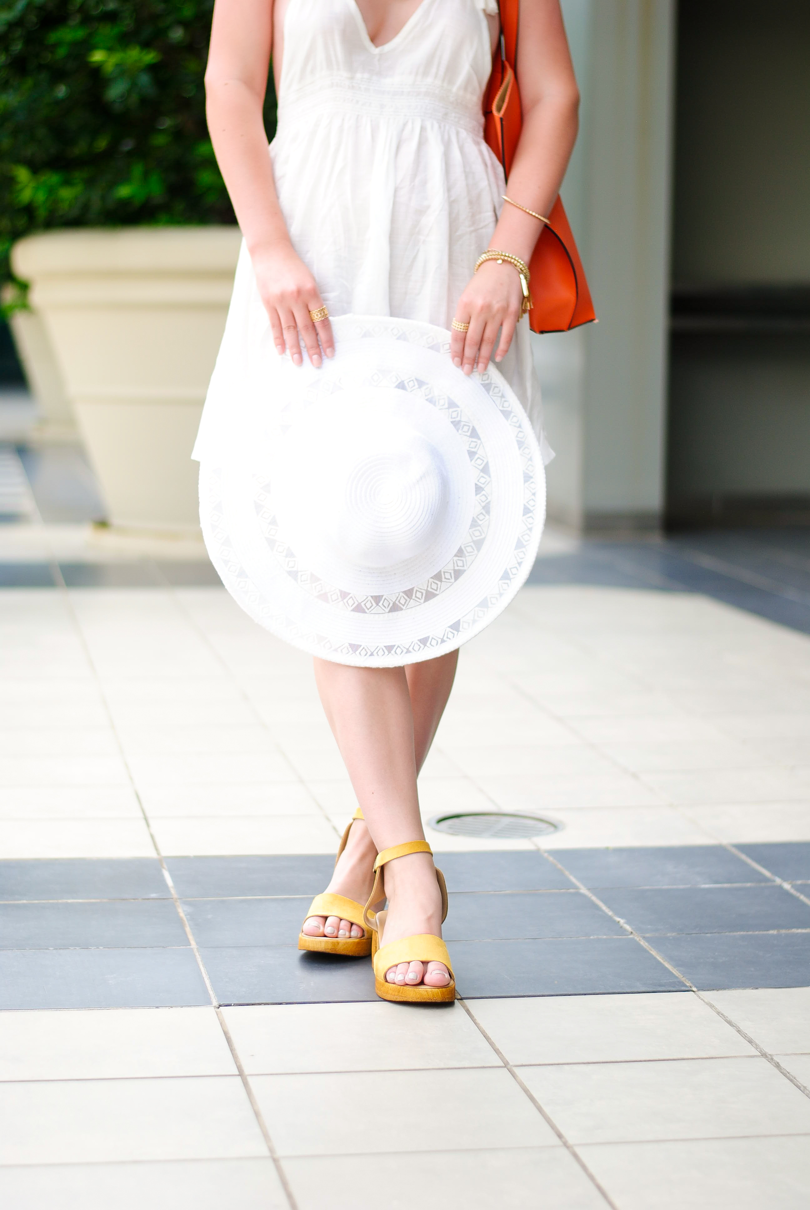 white sun hat | Audrey Madison Stowe Blog