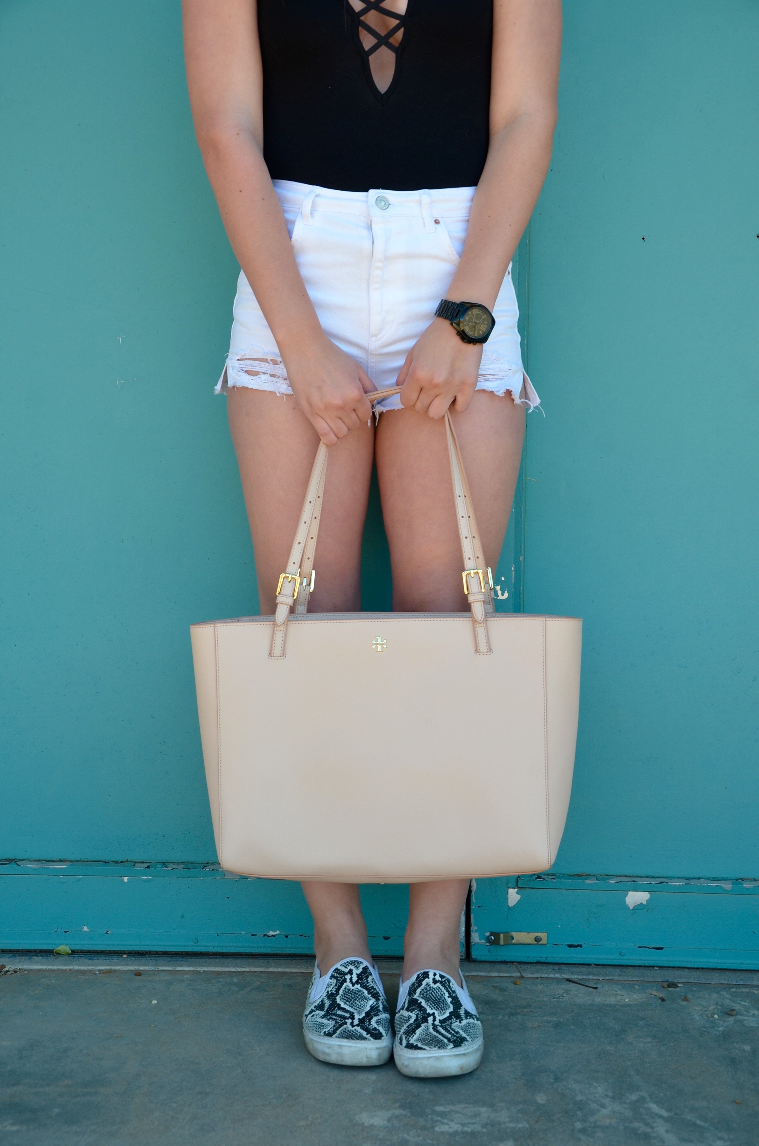 tory burch tote for travel - Travel Outfit Of The Day by popular Texas style blogger Audrey Madison Stowe