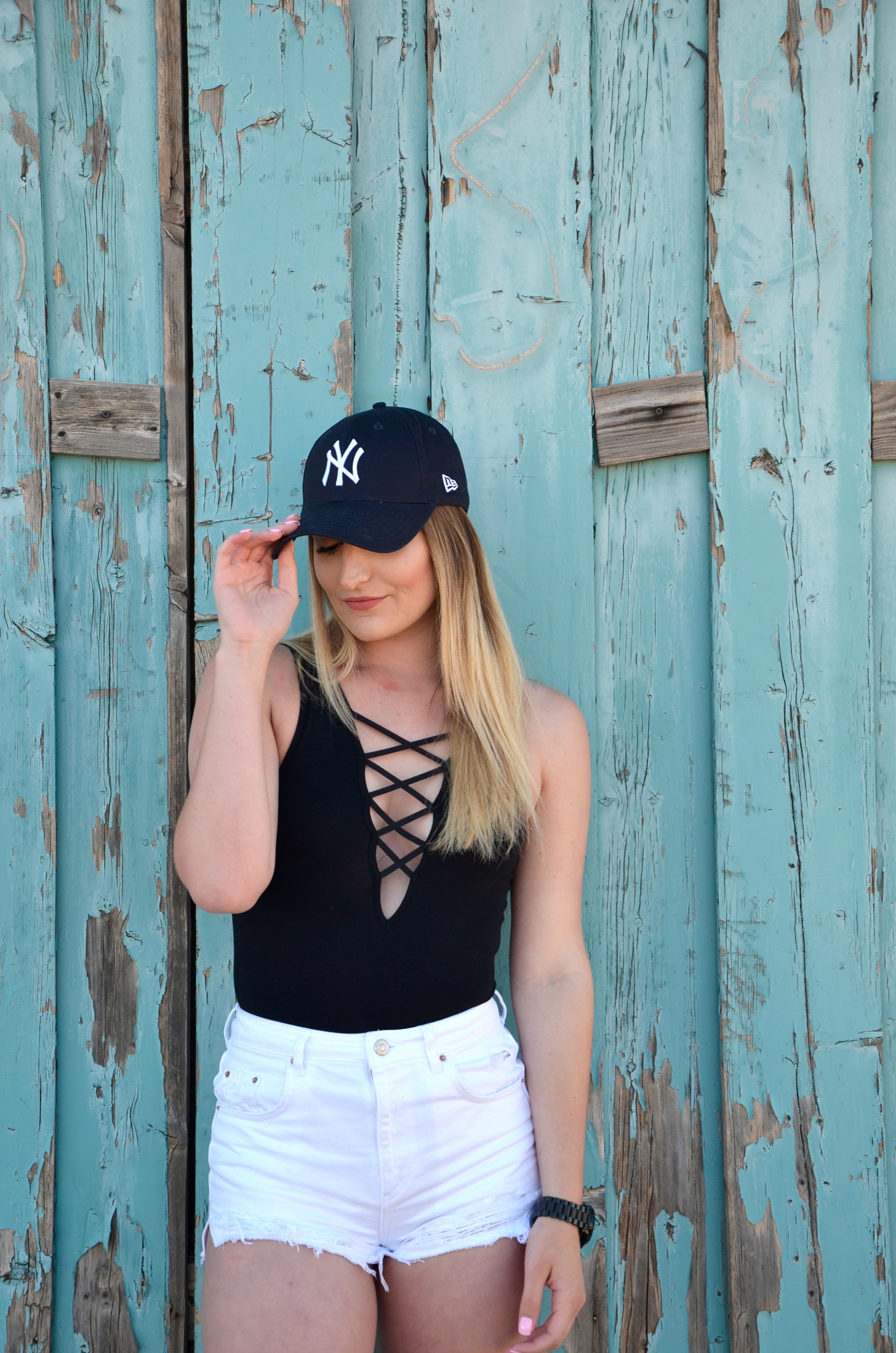 easy going ootd for a day of travel - Travel Outfit Of The Day by popular Texas style blogger Audrey Madison Stowe