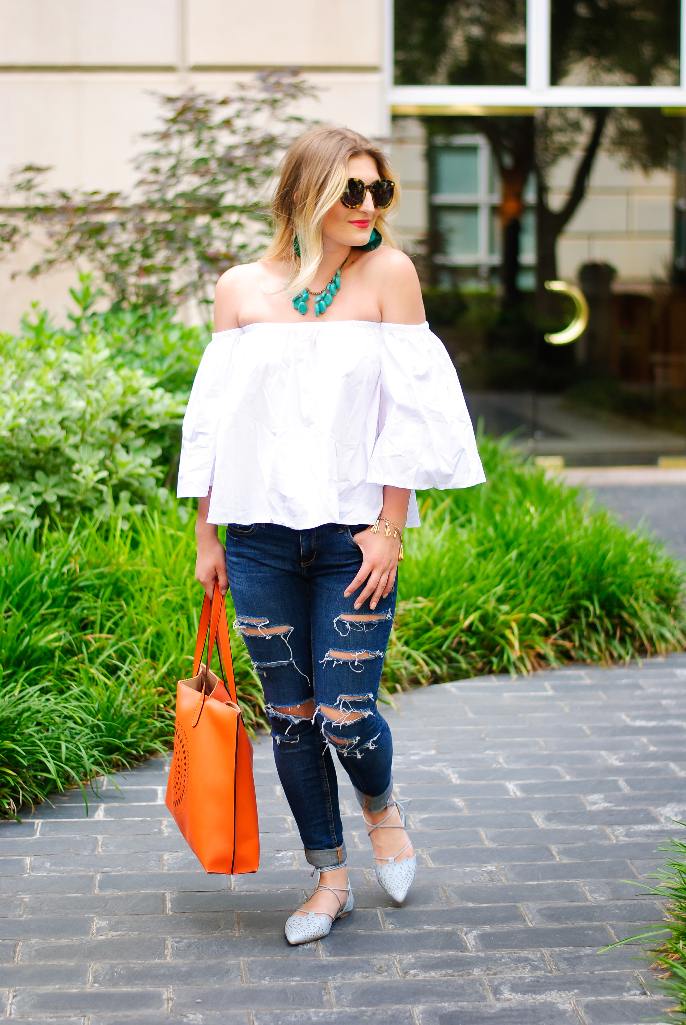 white Romwe top with blue accessories | Audrey Madison Stowe Blog