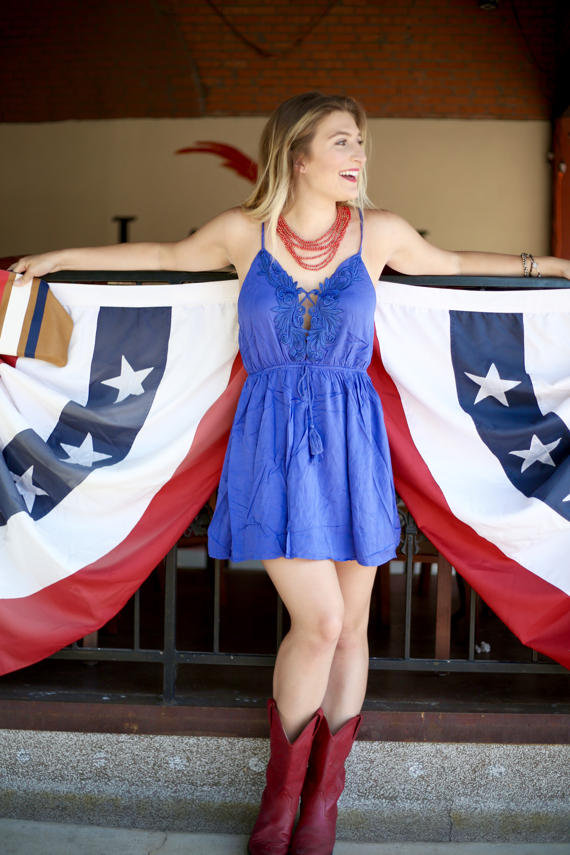 Dallas based fashion blogger July 4th OOTD   AMS Blog
