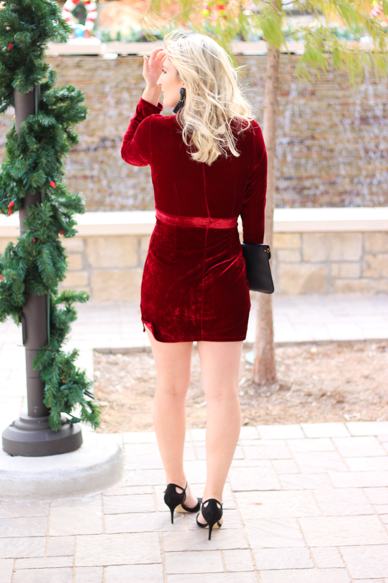 Plunging Holiday Party Dress   AMS Blog
