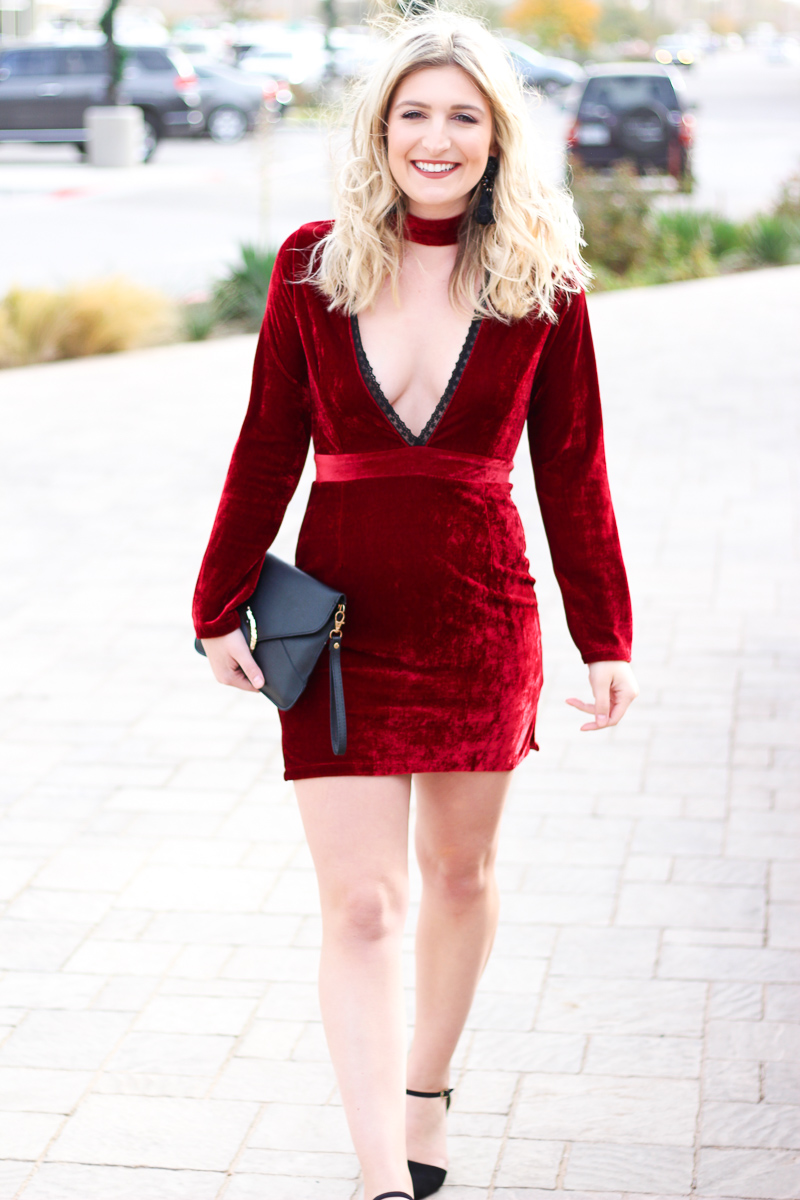 Plunging Holiday Party Dress | AMS Blog