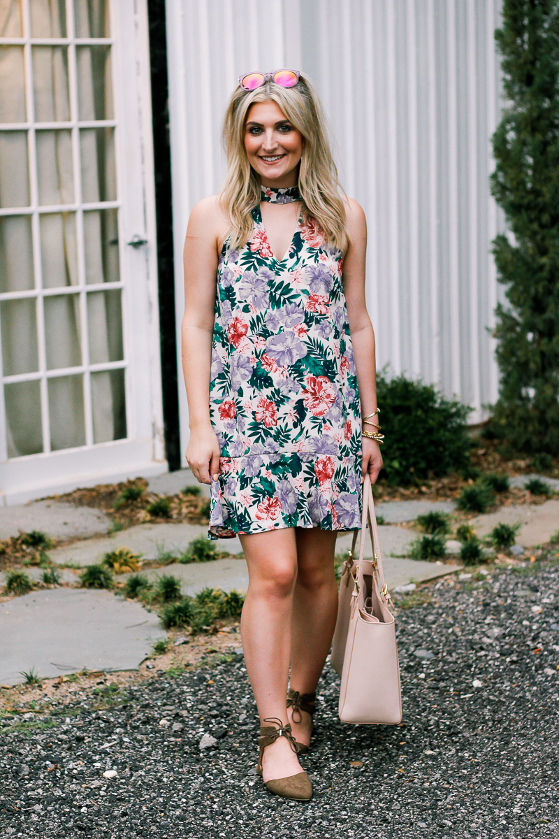Summer Florals by lifestyle and fashion blogger Audrey Madison Stowe | College lifestyle | Texas Fashion