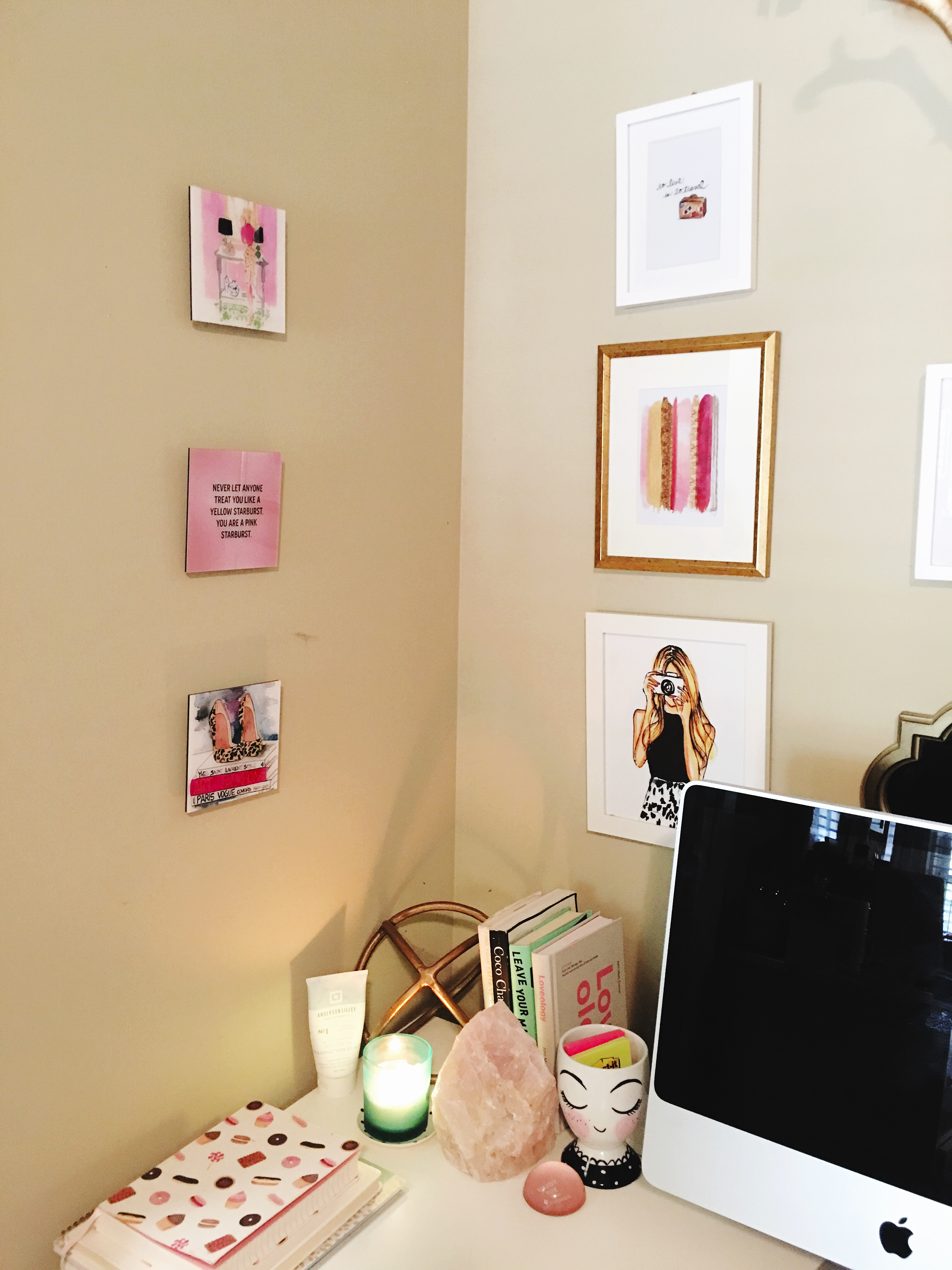 My college desk space | Blogger Office | Audrey Madison Stowe a life and style blog