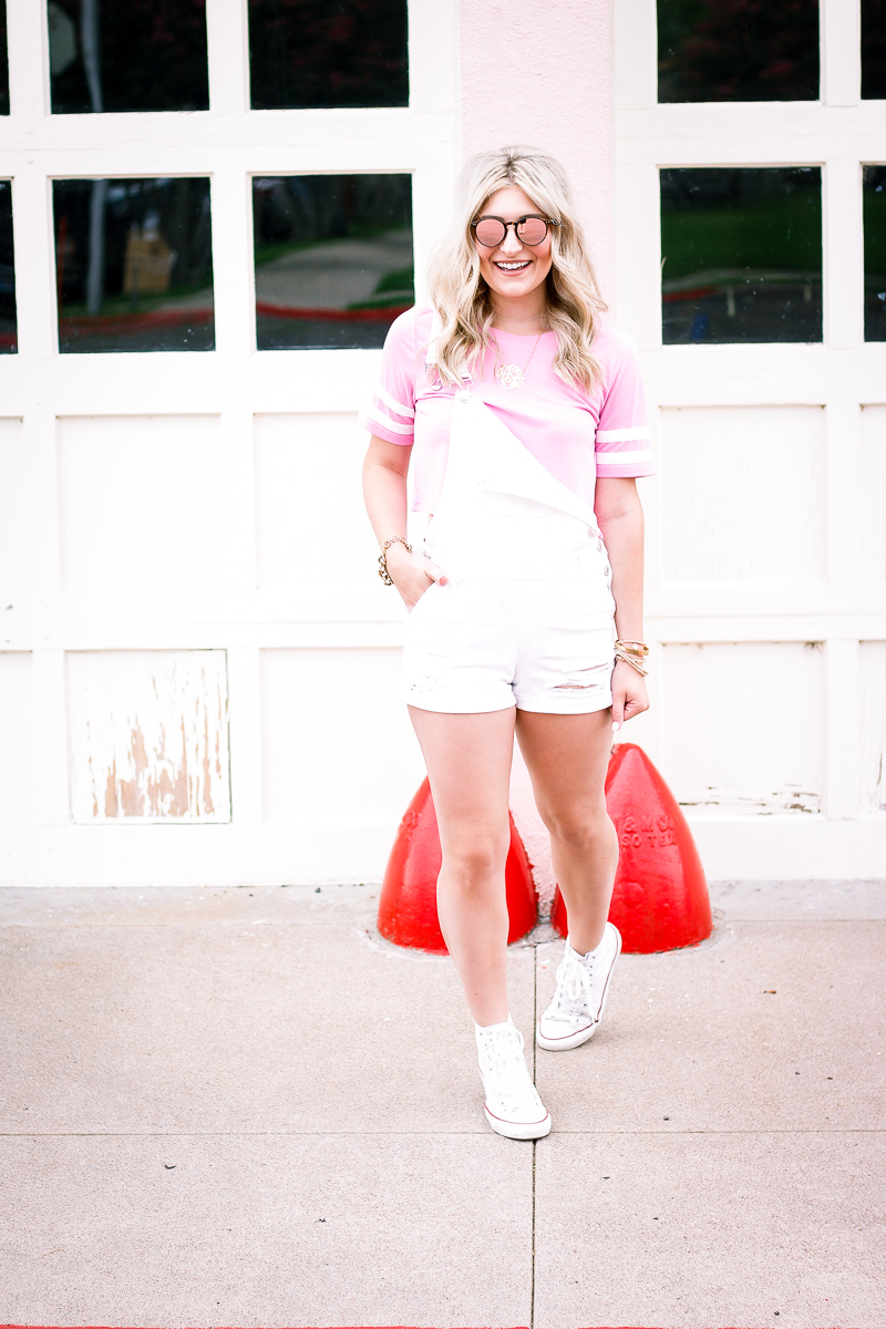 Friday Favorites | Overalls | Audrey Madison Stowe a life and style blog