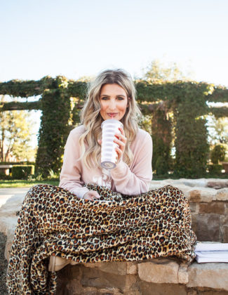 5 Ways I like to Relax | PediPocket | Lubbock life | Audrey Madison Stowe a fashion and lifestyle blogger - 5 Ways To Relax with PediPocket by popular Texas lifestyle blogger, Audrey Madison Stowe