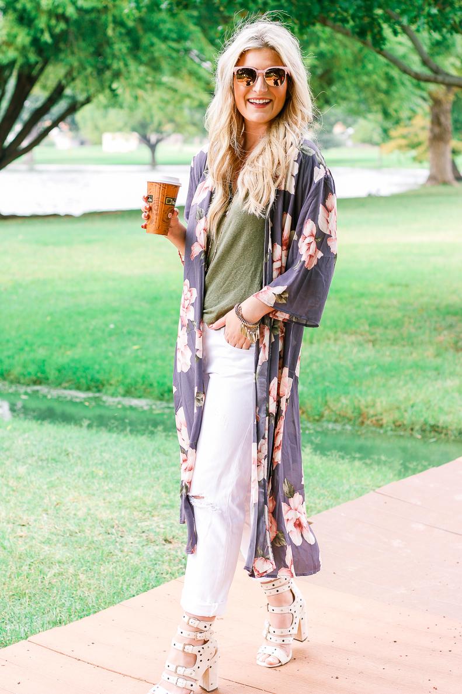 Easy Duster Kimono | Audrey Madison Stowe a fashion and lifestyle blogger
