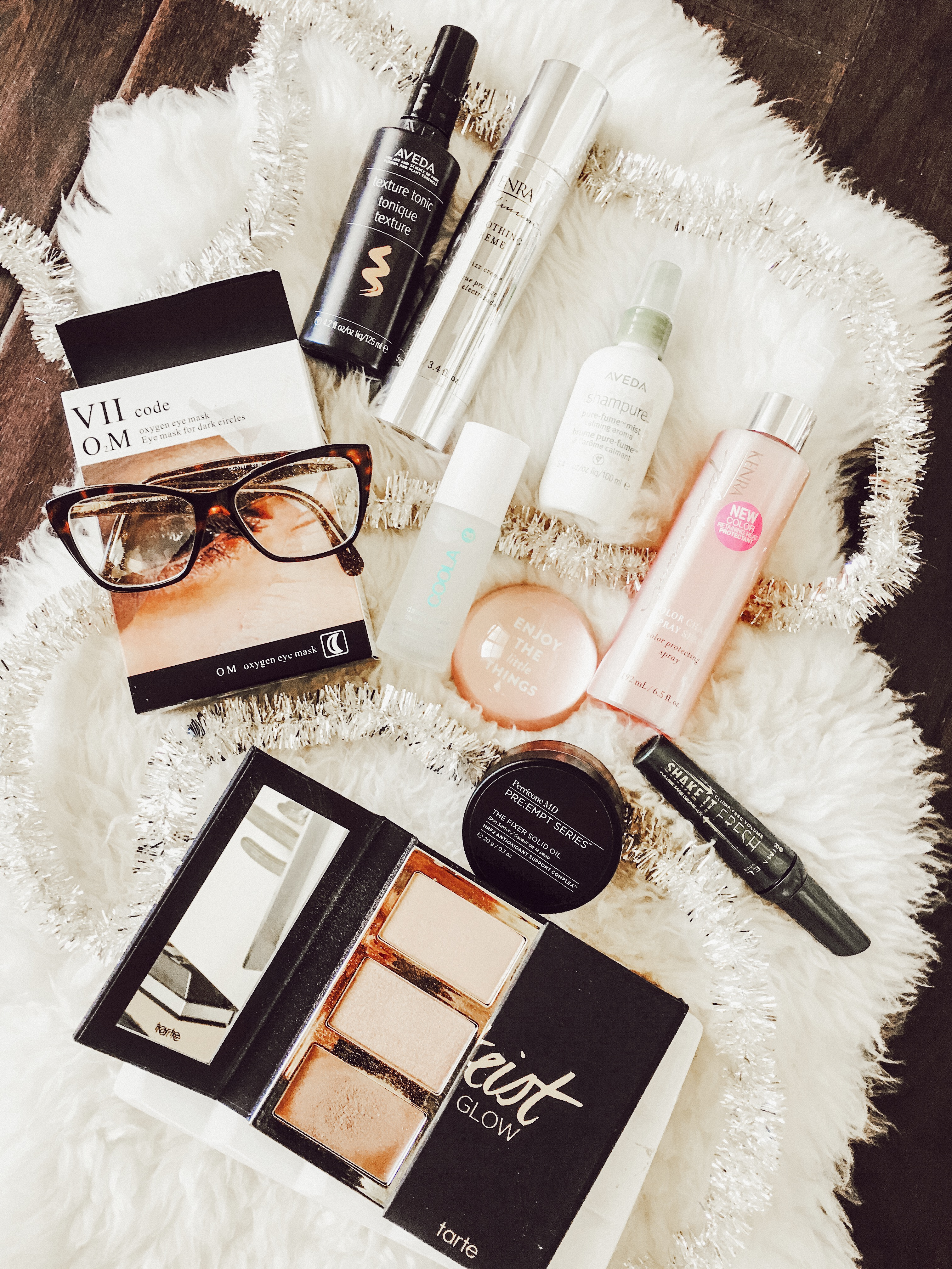 Friday Favorites: Beauty Edition | Sephora | Makeup | hair | Audrey Madison Stowe a fashion and lifestyle blogger