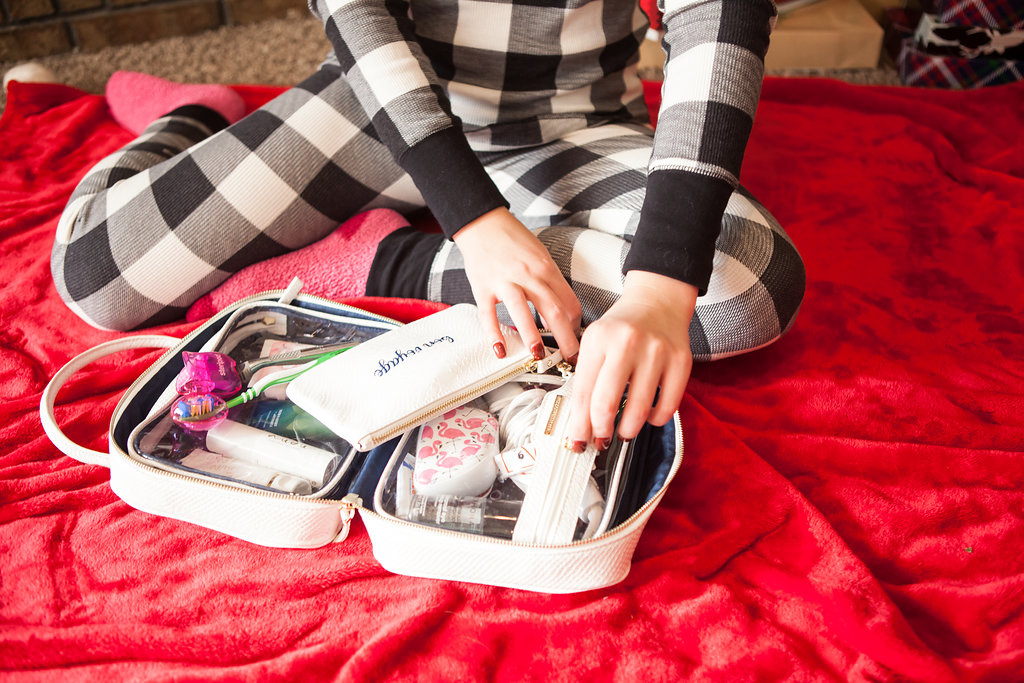 What's in my Travel Toiletry Bag with Steripod | Audrey Madison Stowe a fashion and lifestyle blogger