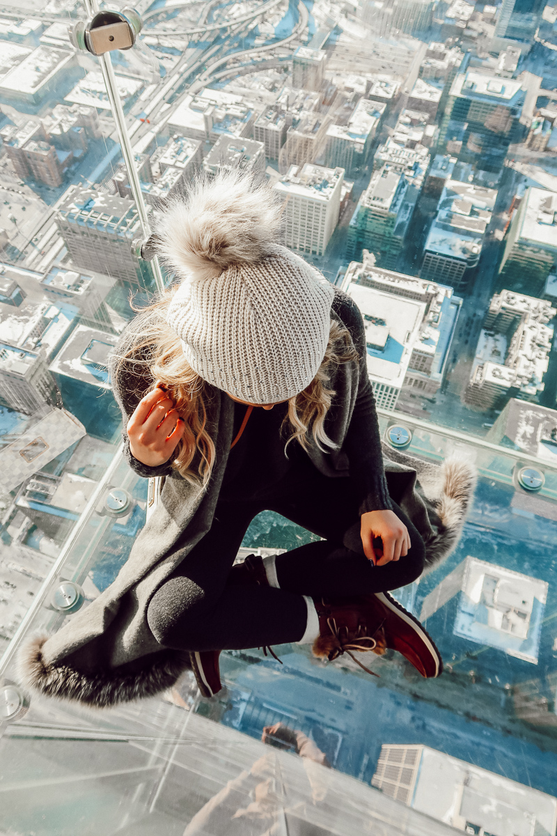 Chicago Skydeck | Audrey Madison Stowe a fashion and lifestyle blogger | Chicago bucket list - Weekend in Chicago by popular Texas blogger Audrey Madison Stowe