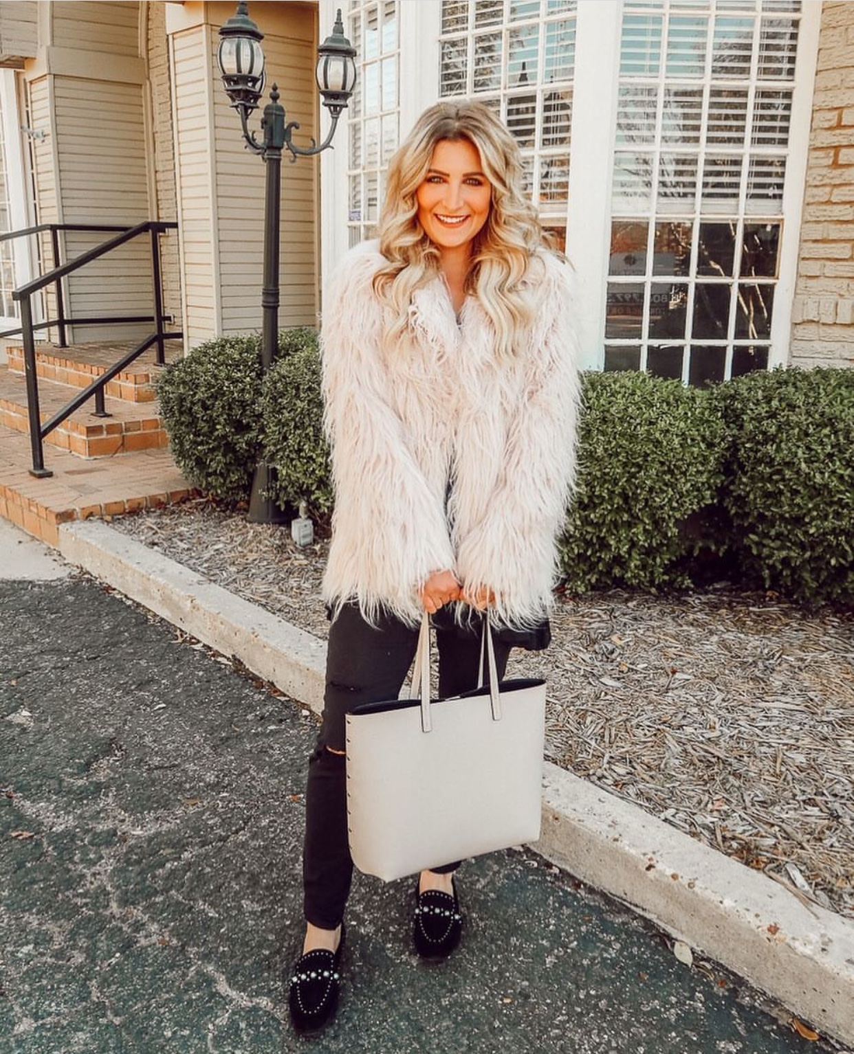 Fur Coat | Audrey Madison Stowe a fashion and lifestyle blogger