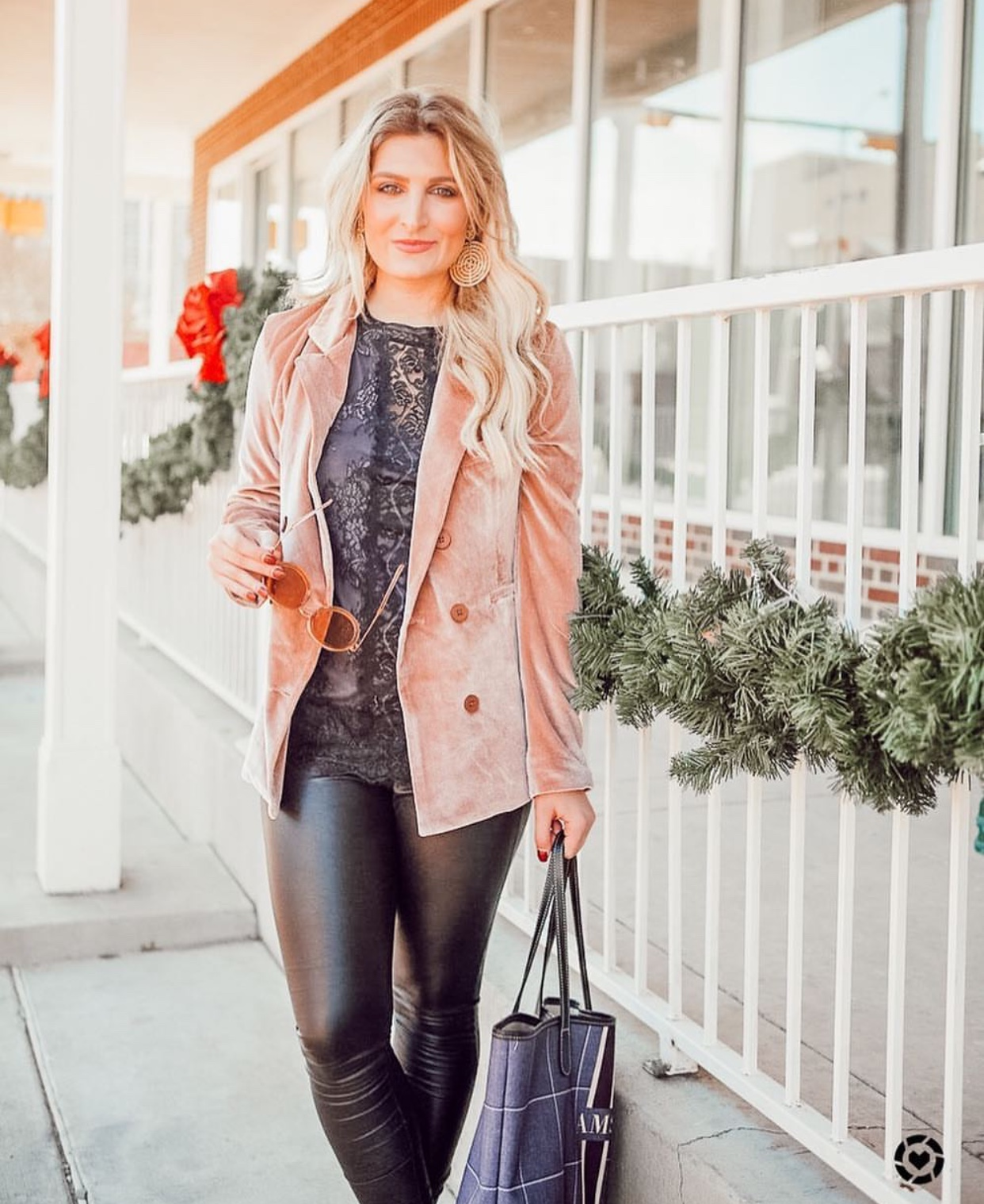 Velvet blazer | Affordable work fashion | Audrey Madison Stowe a fashion and lifestyle blogger