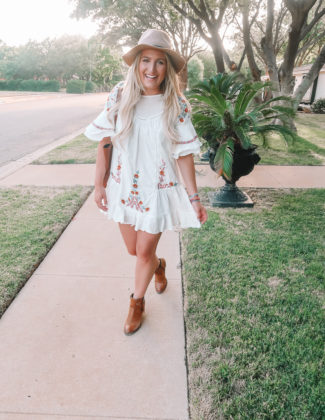 The Dress To Transition You To Fall | Fashion and lifestyle blogger Audrey Madison Stowe