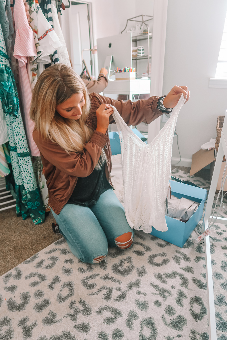 Dailylook Unboxing   Audrey Madison Stowe a fashion and lifestyle blog