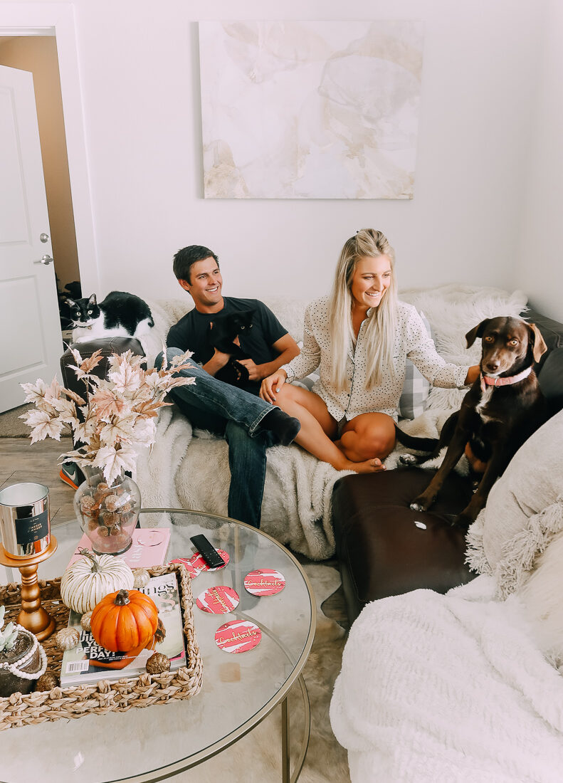 Decorating My Apartment For Fall | Home Decor for Fall | Audrey Madison Stowe a fashion and lifestyle blogger