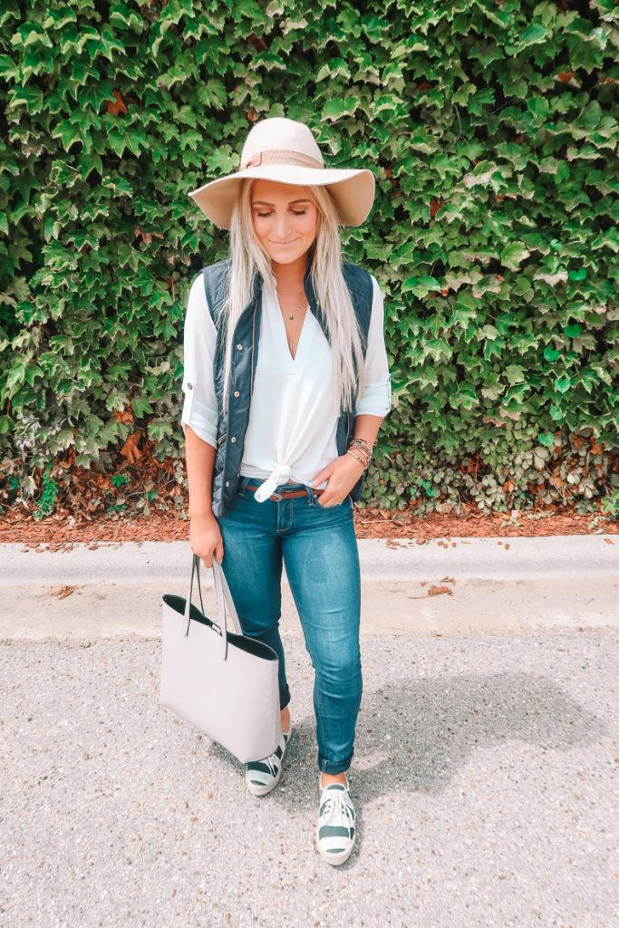 White Tunic Styled 3 Ways | Audrey Madison Stowe a fashion and lifestyle blogger