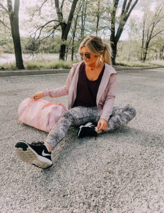 Cute Workout Wear For Cool Weather With Lululemon | Workout Wear | Winter Workout | Audrey MAdison Stowe a fashion and lifestyle blogger