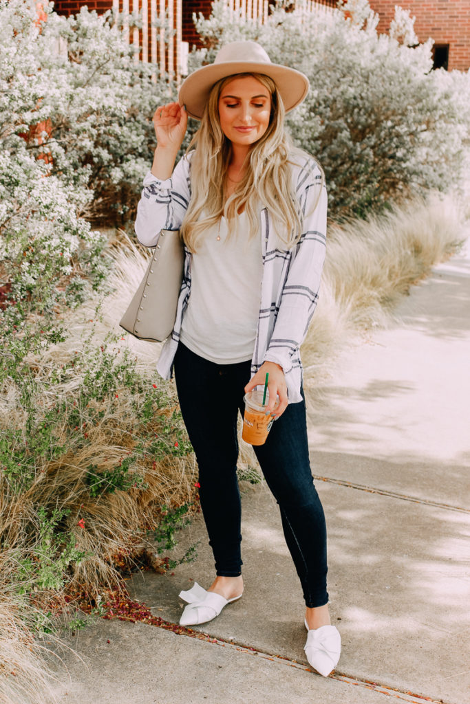 Four Easy Outfits For Casual Workplaces | What to Wear to Work | Audrey Madison Stowe a fashion and lifestyle blogger