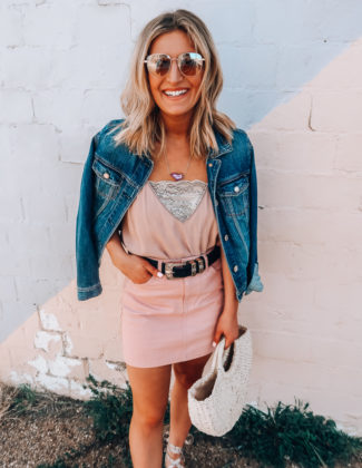 Student Discounts You Need To Know About   Saving Money as a Student   Audrey Madison Stowe a fashion and lifestyle blogger based in Texas