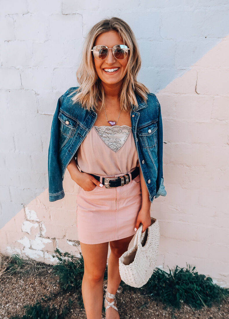 Student Discounts You Need To Know About | Saving Money as a Student | Audrey Madison Stowe a fashion and lifestyle blogger based in Texas