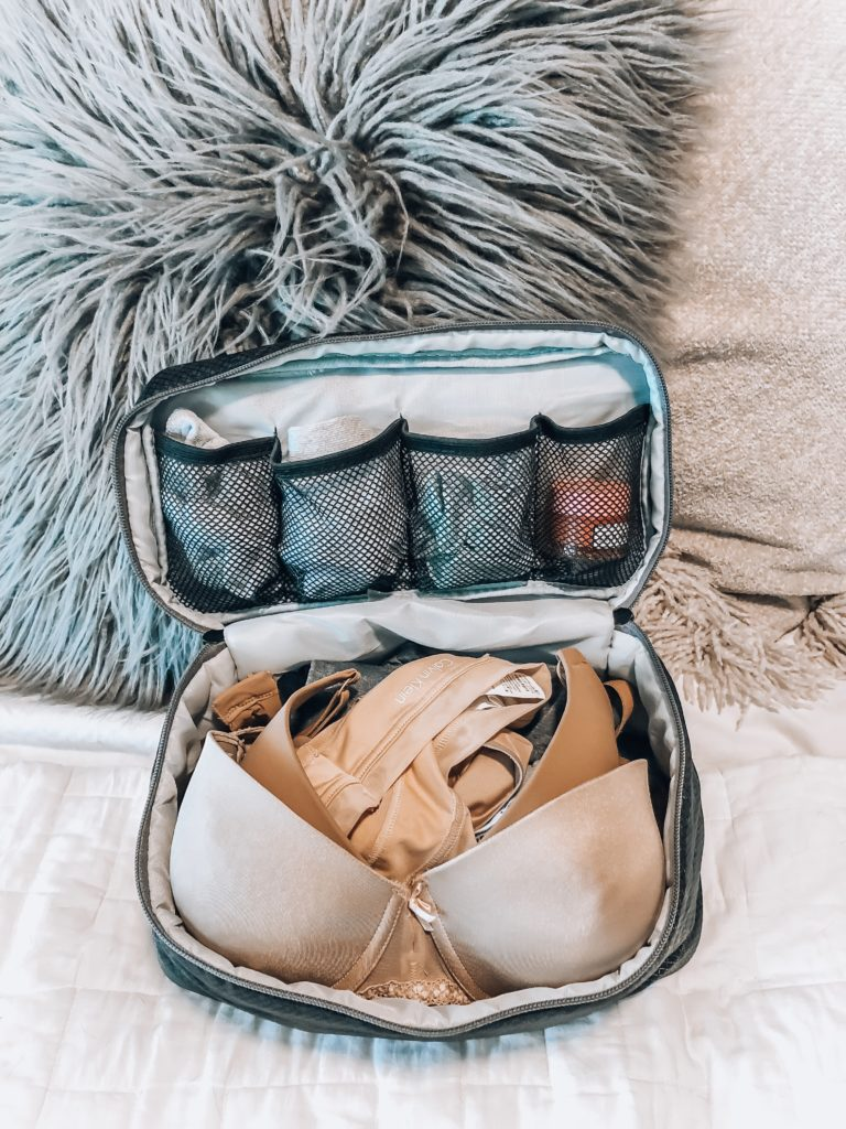 Packing Cube for bras and panties | How I Pack When Traveling | Audrey Madison Stowe a fashion and lifestyle blogger