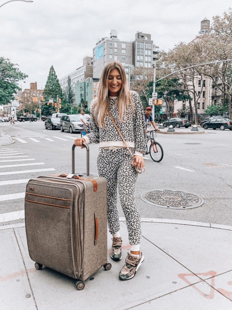 How I Pack When Traveling | Audrey Madison Stowe a fashion and lifestyle blogger