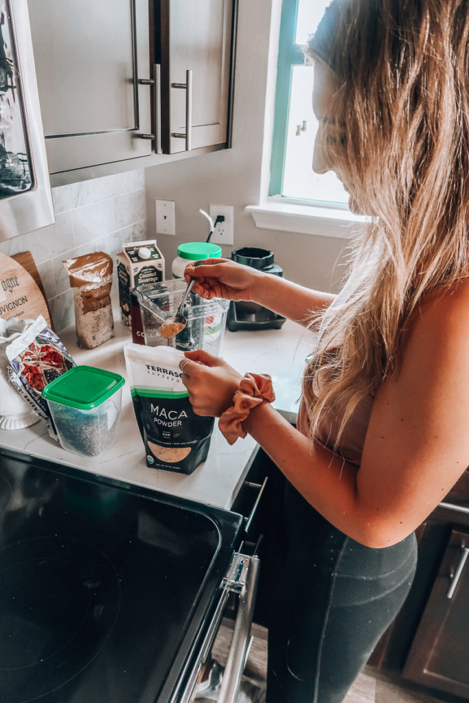 Maca Powder for smoothies | Audrey Madison Stowe a fashion and lifestyle blogger
