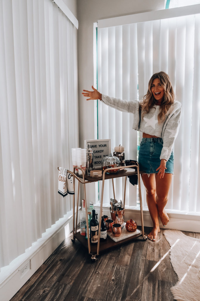 How To Style A Fall Bar Cart | Audrey Madison Stowe a fashion and lifestyle blogger