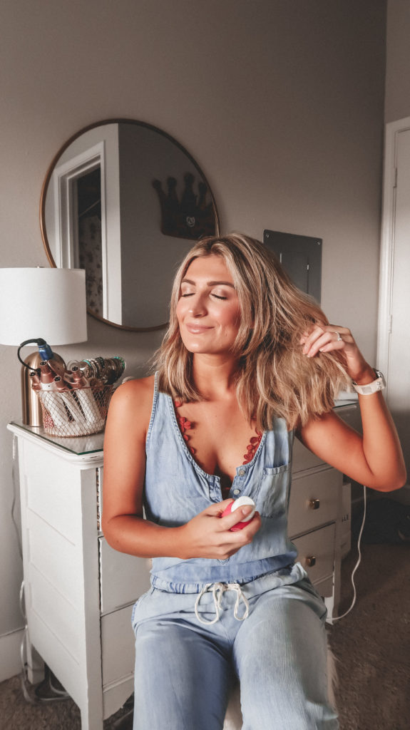 How To Refresh You Hair On The Go | Audrey Madison Stowe a fashion and lifestyle blogger