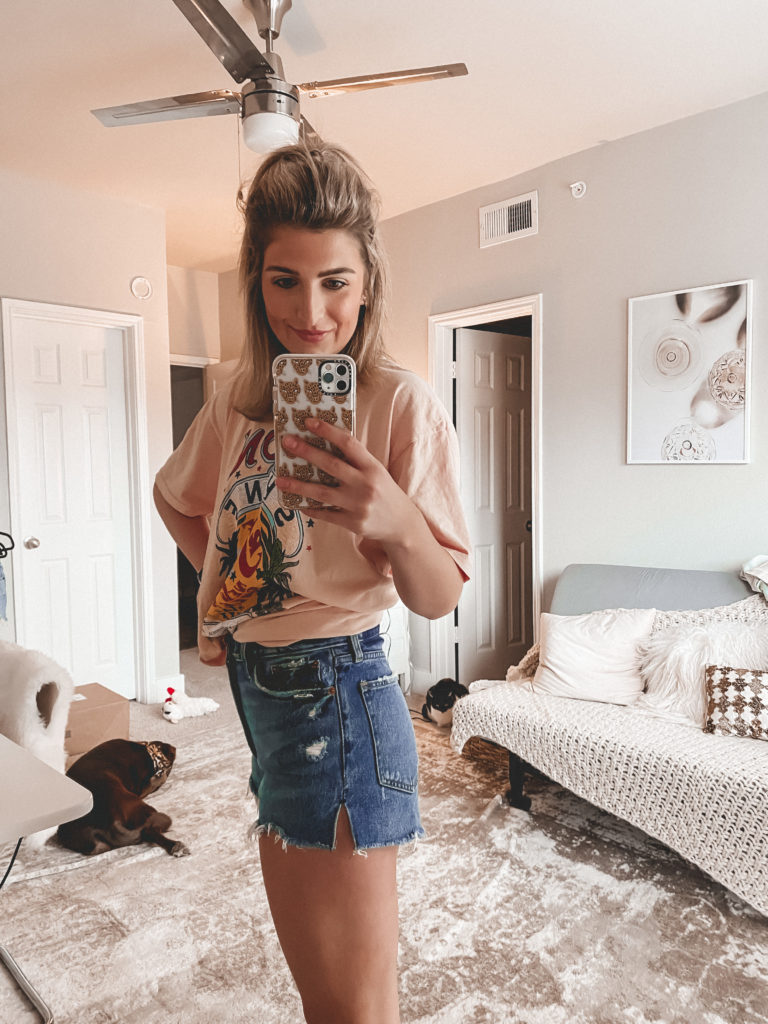 Top 4 Pairs of Denim Shorts I'm Currently Loving | Audrey Madison Stowe a fashion and lifestyle blogger