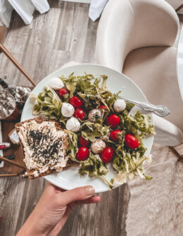 What I Eat in A Day   Healthy Eating   Audrey Madison Stowe a fashion and lifestyle blogger