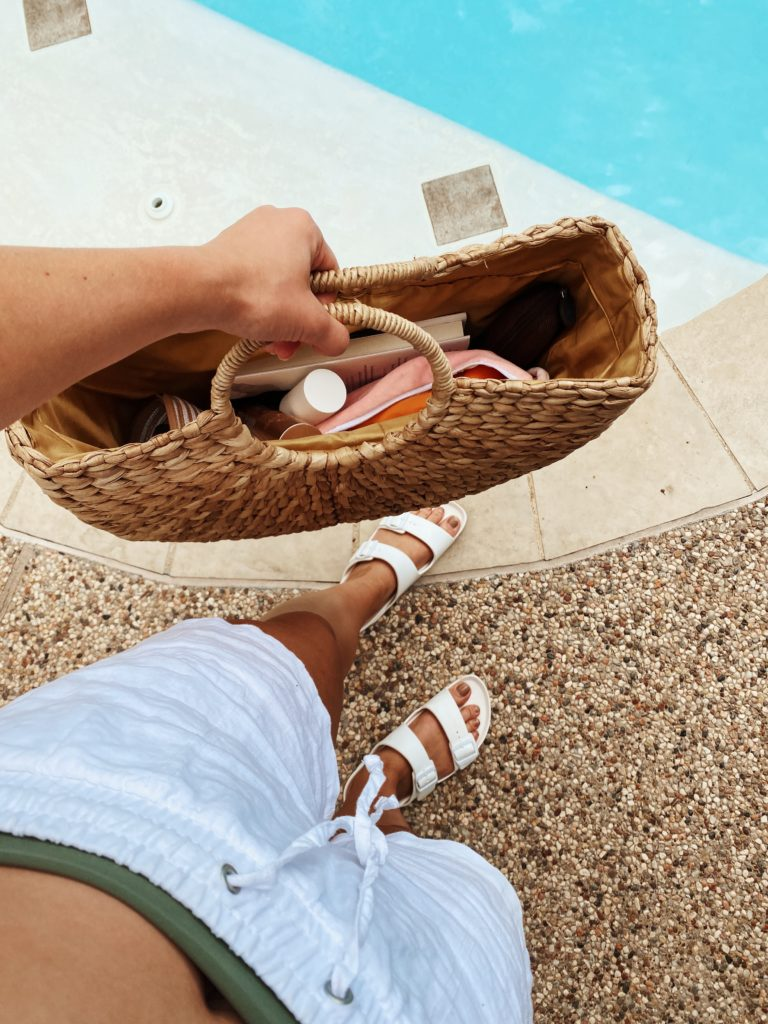 What's In My Pool Bag! | Summer Pool Essentials | Audrey Madison Stowe a Texas-based fashion and lifestyle blogger