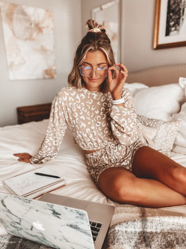My Daily Schedule Working From Home | Self Employed Work Schedule | Audrey Madison Stowe a fashion and lifestyle blogger | Cute Leopard Set
