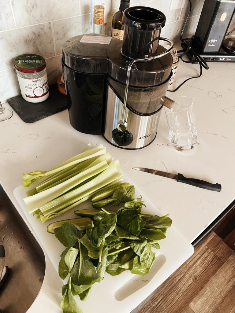 Juice of the day | Juicing | Healthy Drinks I Have Everyday | Wellness Drinks | Audrey Madison stowe a fashion and lifestyle blogger