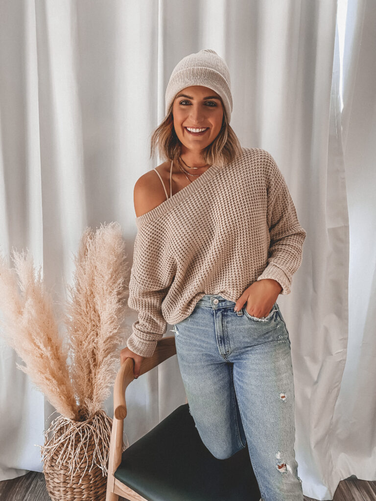 Cozy knit sweater and beanie | Fall Staples