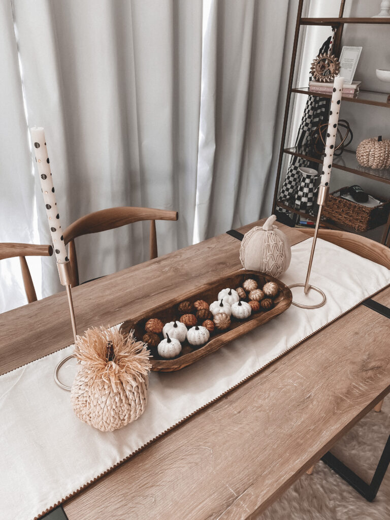 Table decor for Fall | Subtle and Neutral