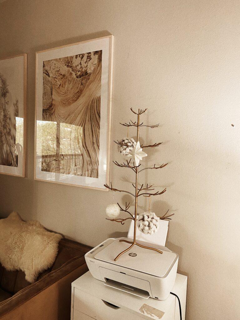 Christmas Decor in my Home Office | Ideas