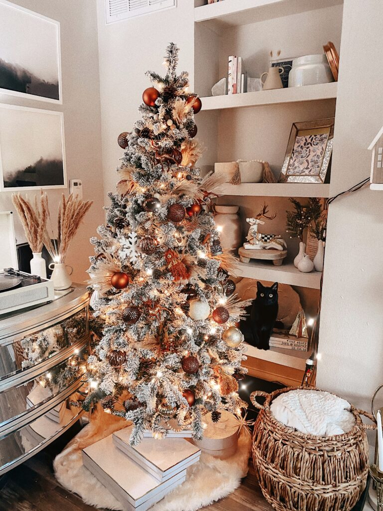 Neutral Bronze Holiday Decor | Our Neutral Christmas Tree | Audrey Stowe a Texas fashion blogger