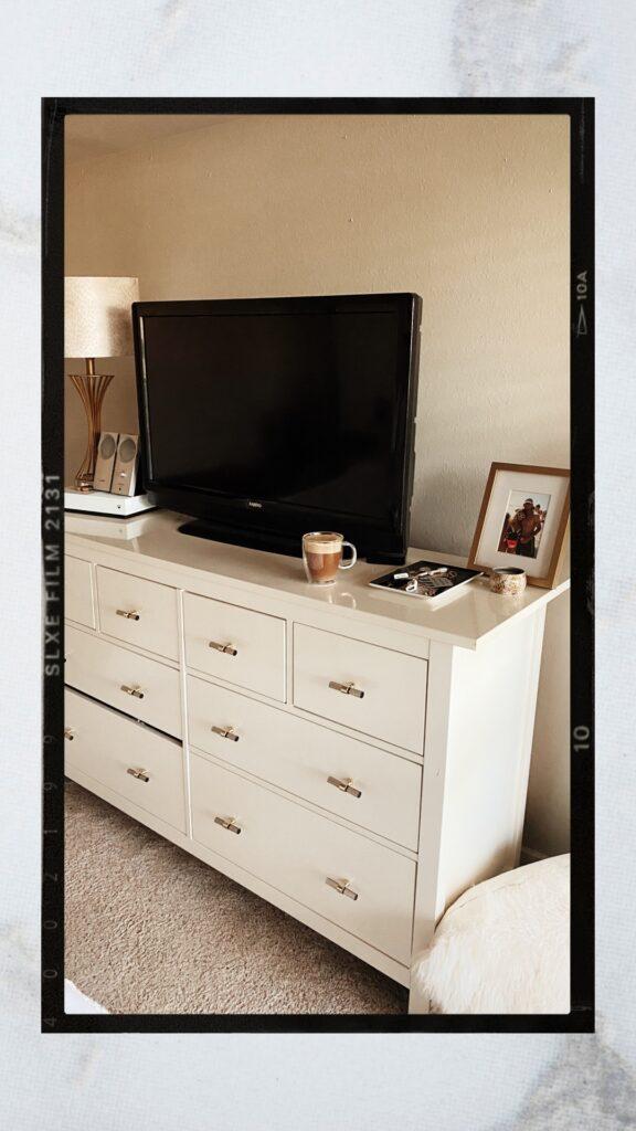 Drawer Pulls | Acrylic Drawer Pulls