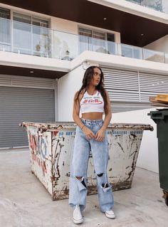 Oversized Jeans For Spring/Summer 2021