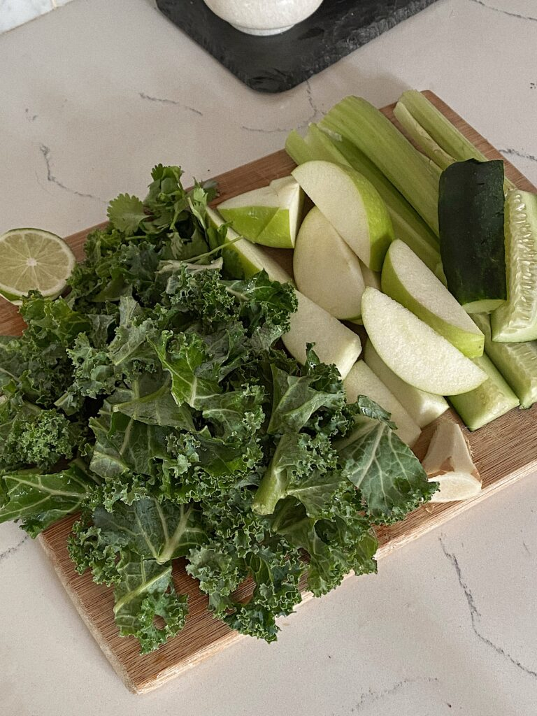 Healthy Green Juice Recipe To Try | Detox Juice | Audrey Madison Stowe