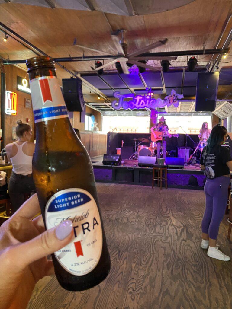 Nashville Bars   Tootsies