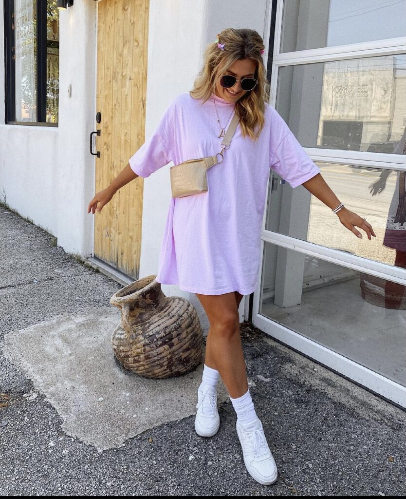 Basic Dress with White Sneakers for Summer | Summer Outfit Inspo